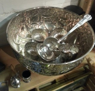 Silver plate Punch Bowl, cups and ladle by Viners of Sheffield