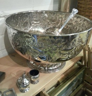 Silver plate Punch Bowl by Viners of Sheffield