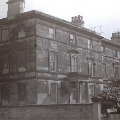 Houses on Broomhall Place (now demolished). Early 1970s   Photo: Edward Mace