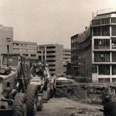 Diggers building new subway on Hanover Way, November 1977 | Photo: Tony Allwright