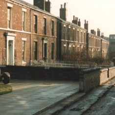 Hanover Square opposite the back of St Silas Church, February 1980 | Photo: Tony Allwright
