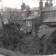 Backs of houses on Brunswick St, May 1979   Photo: Tony Allwright