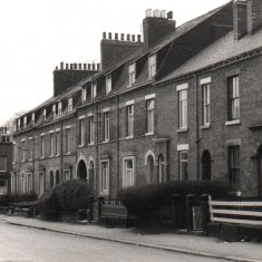 Brunswick St with archway, May 1979 | Photo: Tony Allwright
