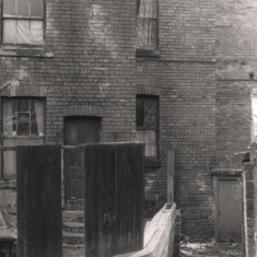 Back of houses on Havelock Square, May 1979 | Photo: Tony Allwright