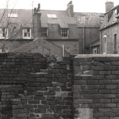 Backs of Havelock Square houses, May 1979 | Photo: Tony Allwright