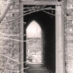 Passageway on Upper Hanover St, May 1979   Photo: Tony Allwright