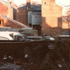 Broomhall back yards, January 1980 | Photo: Tony Allwright