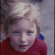 Young boy, Broomhall Flats. July 1978 | Photo: Tony Allwright