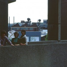 Three teens on walkway at Broomhall Flats, July 1978 | Photo: Tony AllwrightOB_PH0377_TA_threeteens_1978	Three teens on walkway at Broomhall Flats, July 1978