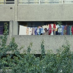 Laundry on Balcony, Broomhall Flats. July 1978 | Photo: Tony Allwright