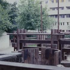 Play area, Broomhall Flats. July 1978 | Photo: Tony Allwright
