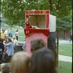 Punch and Judy. Broomhall summer fair, Hanover Flats. September 1979 | Photo: Tony Allwright
