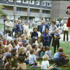 Punch and Judy crowd, Broomhall summer fair, Hanover Flats. September 1979 | Photo: Tony Allwright