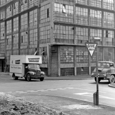 Viners Ltd, Broomhall Street and Clarence Street, 1965 | Photo: SALS PSs13855 & Sheffield Newspapers Ltd