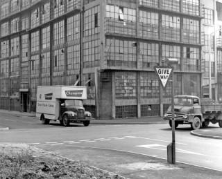 Viners Ltd, Broomhall Street and Clarence Street, 1965 | Photo: SALS PSs13855 & Sheffield Newspapers Ltd
