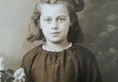 Elsie Pix (nee Godley): Life on Hodsgon Street in 1920