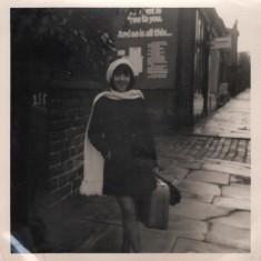 Lynn Pearson's friend Teresa outside 255 Broomhall Street, 1965 | Photo: Lynn Pearson