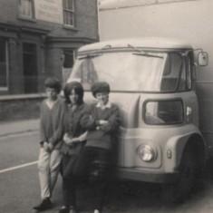 Broomhall Street. 1969 | Photo: Lynn Pearson