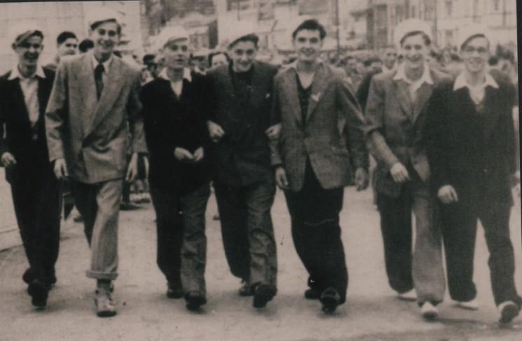 Broomhall boys in Blackpool, 1951 | Photo: Maureen Brown