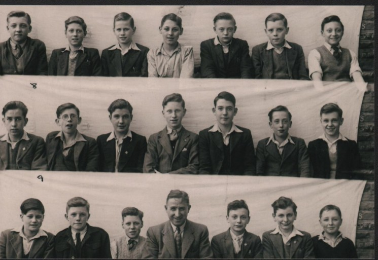 Springfield School: Class of 1947 with Teacher (Mr Ben Allen) | Photo: Maureen Brown