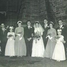Maureen Paramore and Derek Giddings wedding, 1959 | Photo: Maureen Giddings