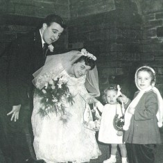 Bride and Groom with nieces, St Silas. 1959 | Photo: Maureen Giddings