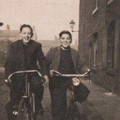 Malcolm Moore & Brian Lacey riding their bikes in Broomhall.1940s | Photo: Josie Moore