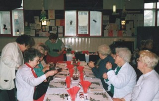 Pensioner Christmas party at the Broomhall Centre. Possibly early 1990s | Photo: Broomhall Centre