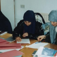 ESOL class (English for Speakers of Other Languages) for women, Broomhall Centre. Date unknown | Photo: Broomhall Centre