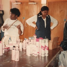 Hairdressing at the Broomhall Centre on Women's Day, 22 March 1995 | Photo: Broomhall Centre
