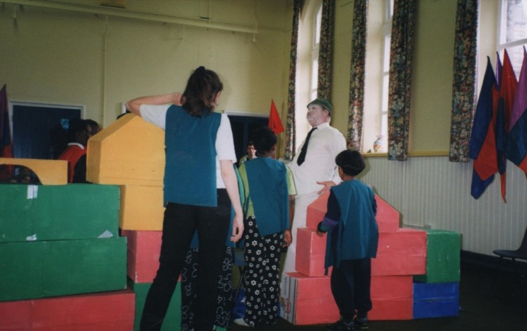 Rehearsal for the anti-racism community play, Broomhall Centre. Late 1990s | Photo: Broomhall Centre