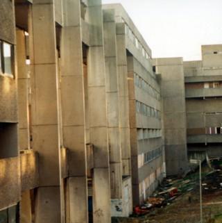 Broomhall Flats.1988 | Photo: SALS PSu05216