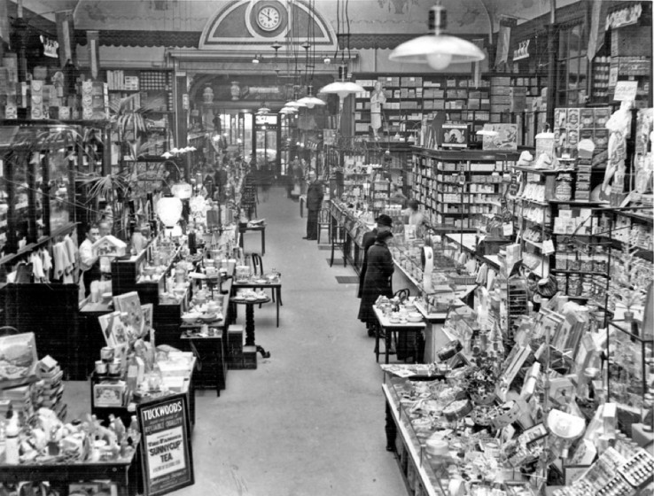 Inside Tuckwood's Stores, Fargate | Photo: SALS PSs10503 & Sheffield Newspapers Ltd
