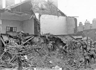 Exeter Street, air raid damage & rescue work. 1940 | Photo: SALS PSs01001