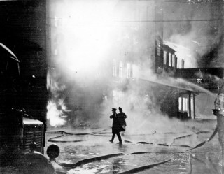 Firefighting after the Blitz. 1940   Photo: SALS PSs12506