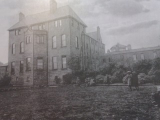 An additional wing is built onto the convent in 1890 | Photo: SALS