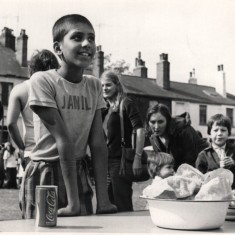 Children at the Broomhall Fayre. 1970s | Photo: Our Broomhall