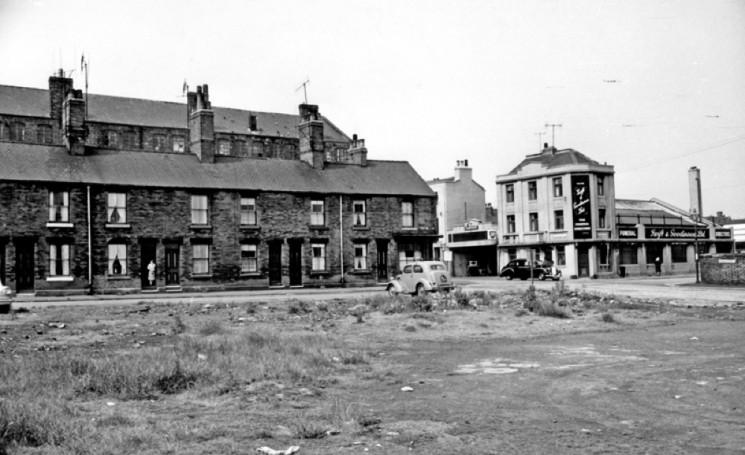 Nos 54-48, Hodgson Street. 1965 | Photo: SALS PSs17422