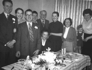 George and Emmie Cunningham's wedding reception. 1955 | Photo: Pamela Jackson