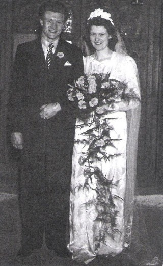Herbert 'Billy' Cunningham and Janet Cunningham. 28 December 1948 | Photo: Pamela Jackson