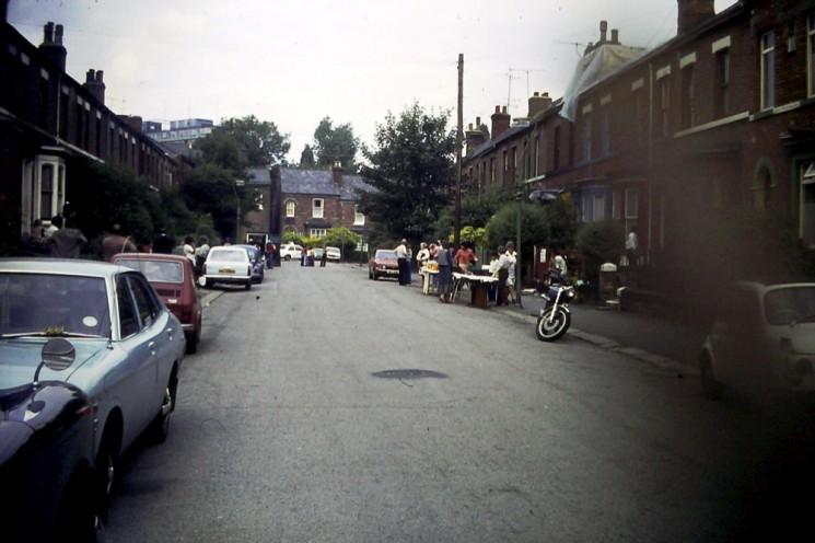 Havelock Street Party preparations. 1970s | Photo: David Stevenson