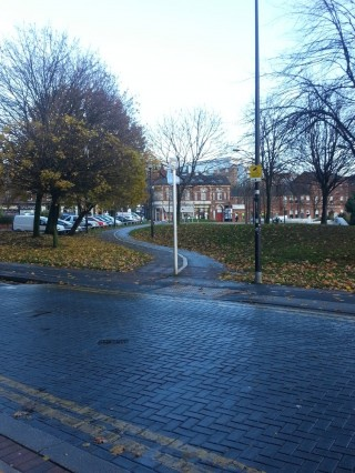 Devonshire Green Footpath showing end of Broomhall Street. 2014 | Photo: Our  Broomhall