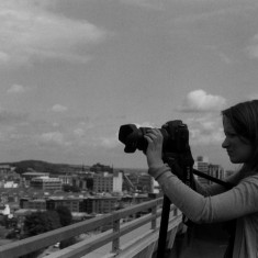Claire Wilkinson on the Hanover Flats roof. August 2014 | Photo: Jepoy Sotomayor