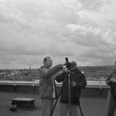 Malcolm Lisle, Benji Hamilton and another volunteer on the Hanover Flats roof. August 2014 | Photo: Jepoy Sotomayor