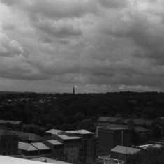 Ecclesall Road and the southern suburbs of Sheffield from the Hanover Flats roof. August 2014 | Photo: Jepoy Sotomayor