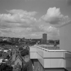 Broomhall from the Hanover Flats roof. Claire Wilkinson and Jennie Beard (right). August 2014 | Photo: Jepoy Sotomayor