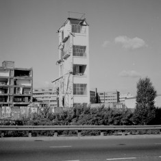 Last section of Viners factory from Hanover Way, 1985 | Photo: Adrian Wynn