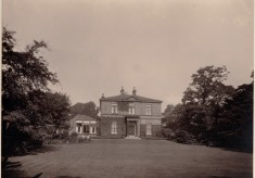 The Garden of Park House, Park Lane in the 1930s