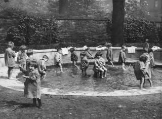 Paddling Pool | Photo: Broomhall Nursery