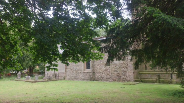 Todwick church and the backyard is the grave area (left bottom in the picture) of the Broomhead family. 2015 | Photo: Our Broomhall